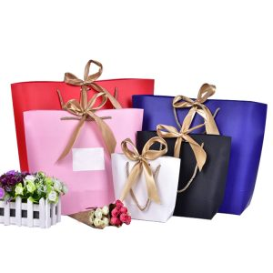 PYC Wholesale Custom Creative Clothing Bags Underwear Cosmetics Shoe Gift Shopping Tote Paper Bag